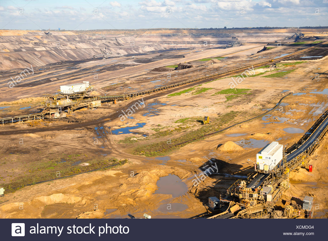 Dismantling, outside, brown coal, brown coal excavator, Germany, energy, power production, Europe, Hambach, industry, North Rhine - Stock Image
