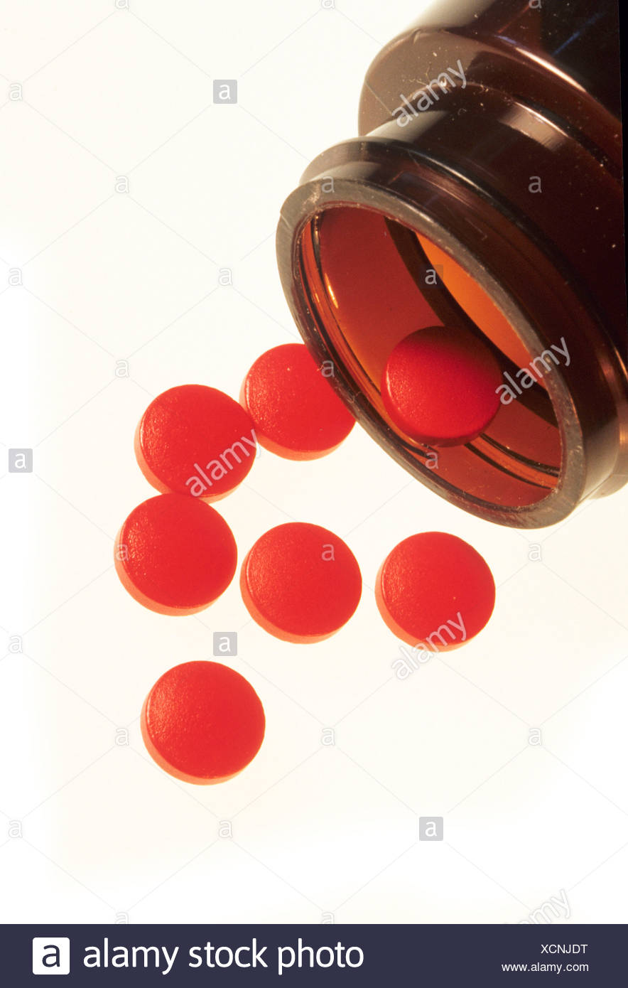 RED DYE FERROUS SULFATE IRON SUPPLEMENT - Stock Image
