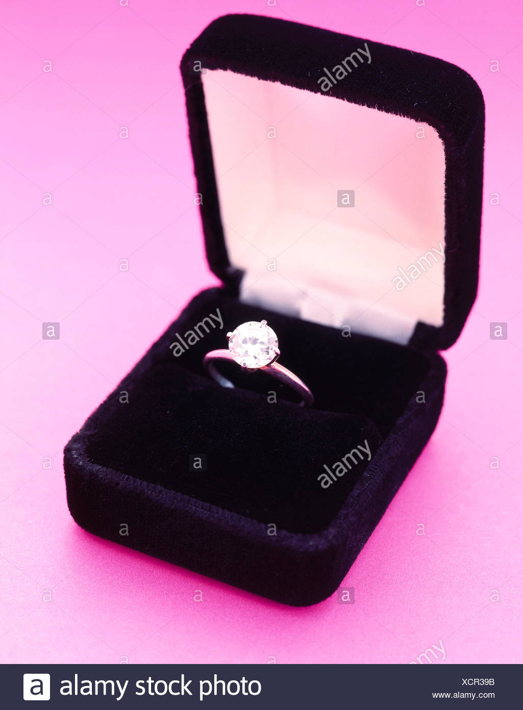 Ring In Box Stock Photos & Ring In Box Stock Images - Alamy