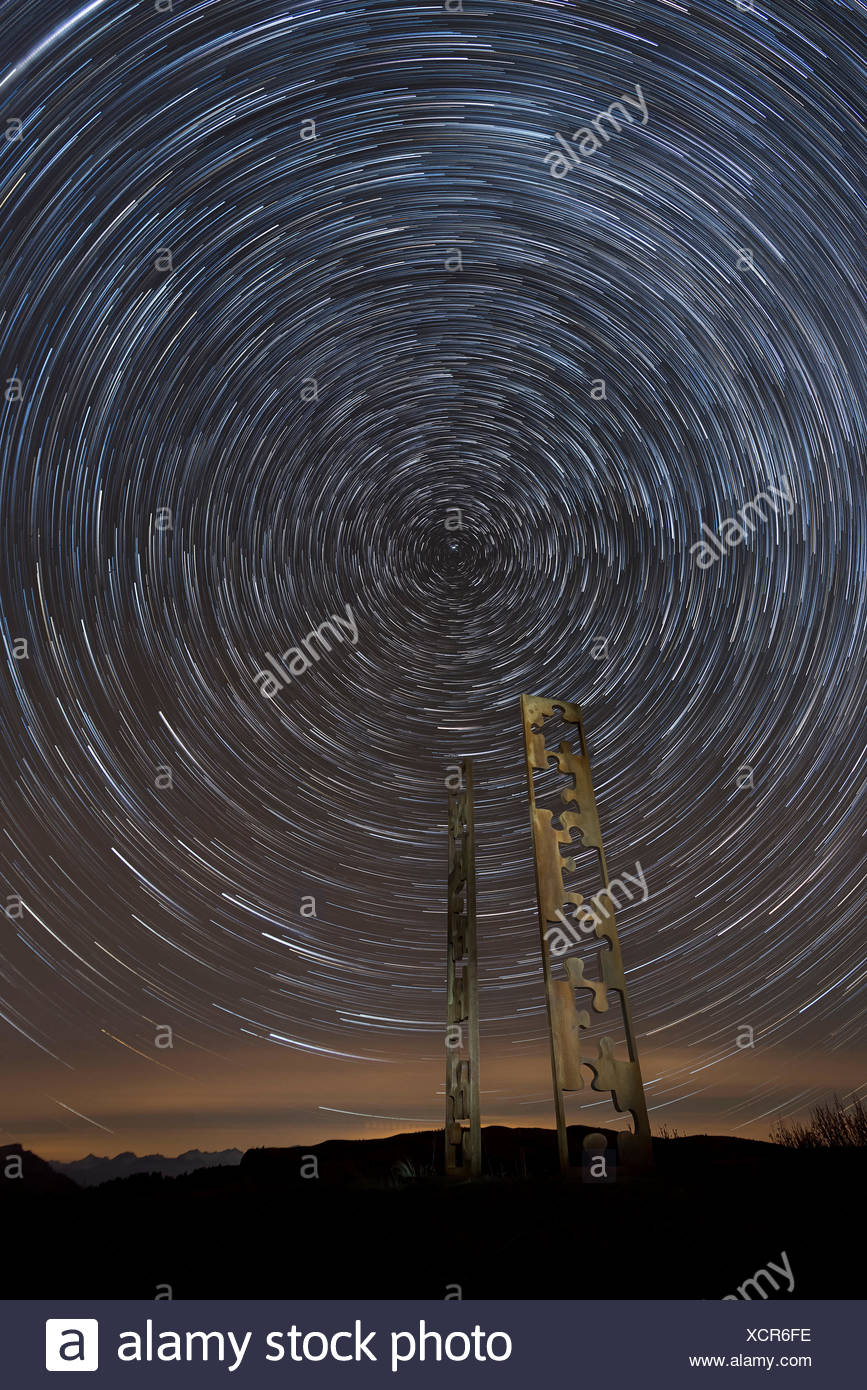 Alpe di Siusi/Seiser Alm, Dolomites, South Tyrol, Italy. The artwork 'The Missing Piece-Fingerprints' with a Startrail - Stock Image