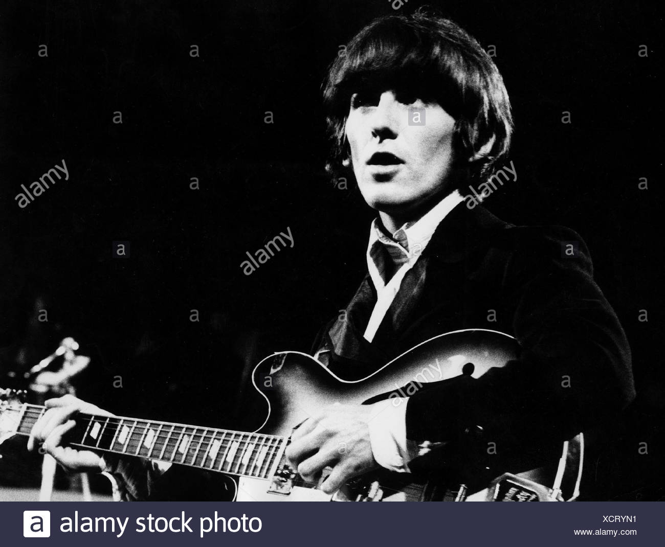 Harrison, George, 25.2.1943 - 29.11.2001, British musician, at a perfomance of  'The Beatles', half length, 1966, Additional-Rights-Clearances-NA - Stock Image