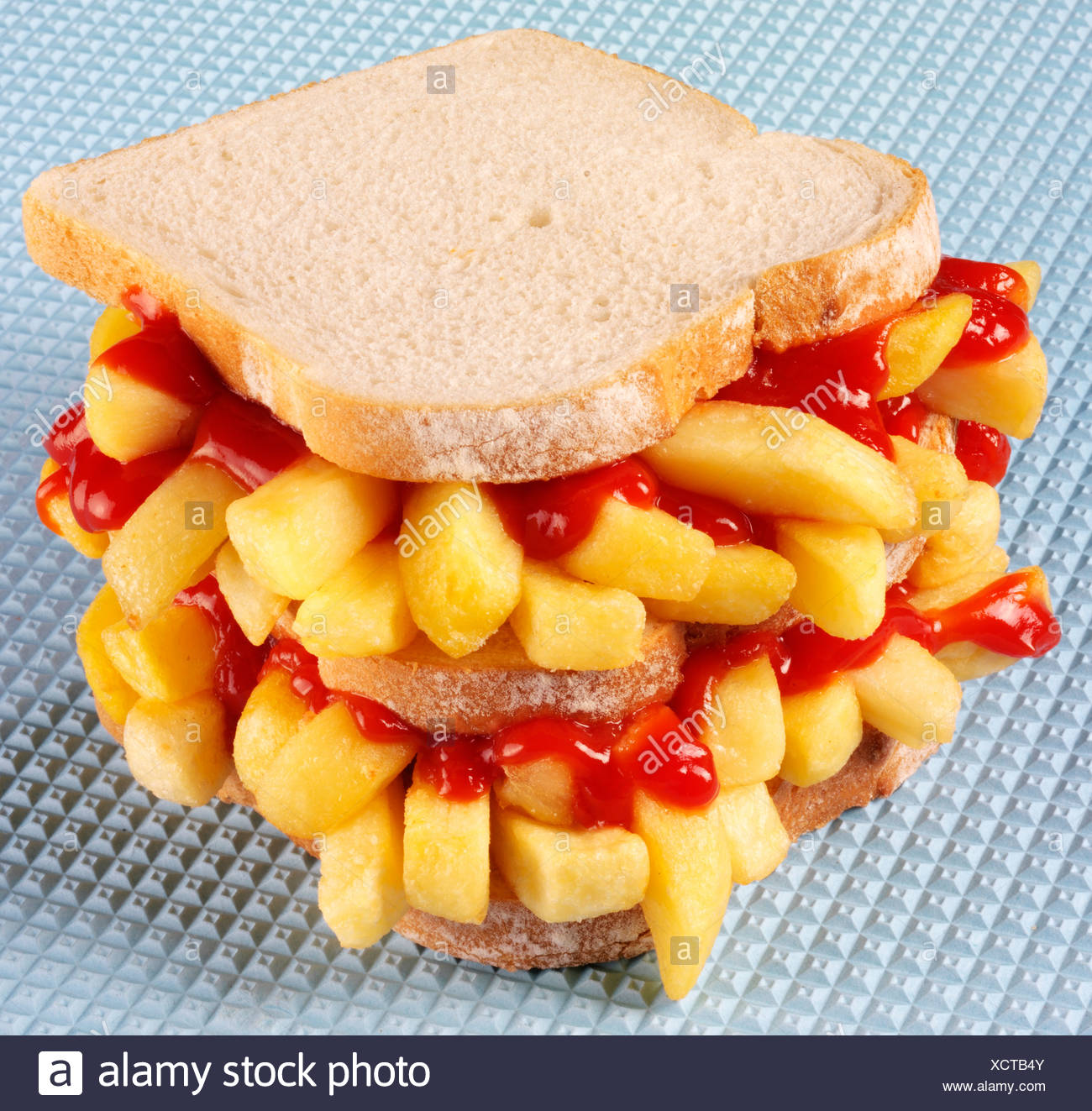 CHIP BUTTY SANDWICH WITH KETCHUP - Stock Image