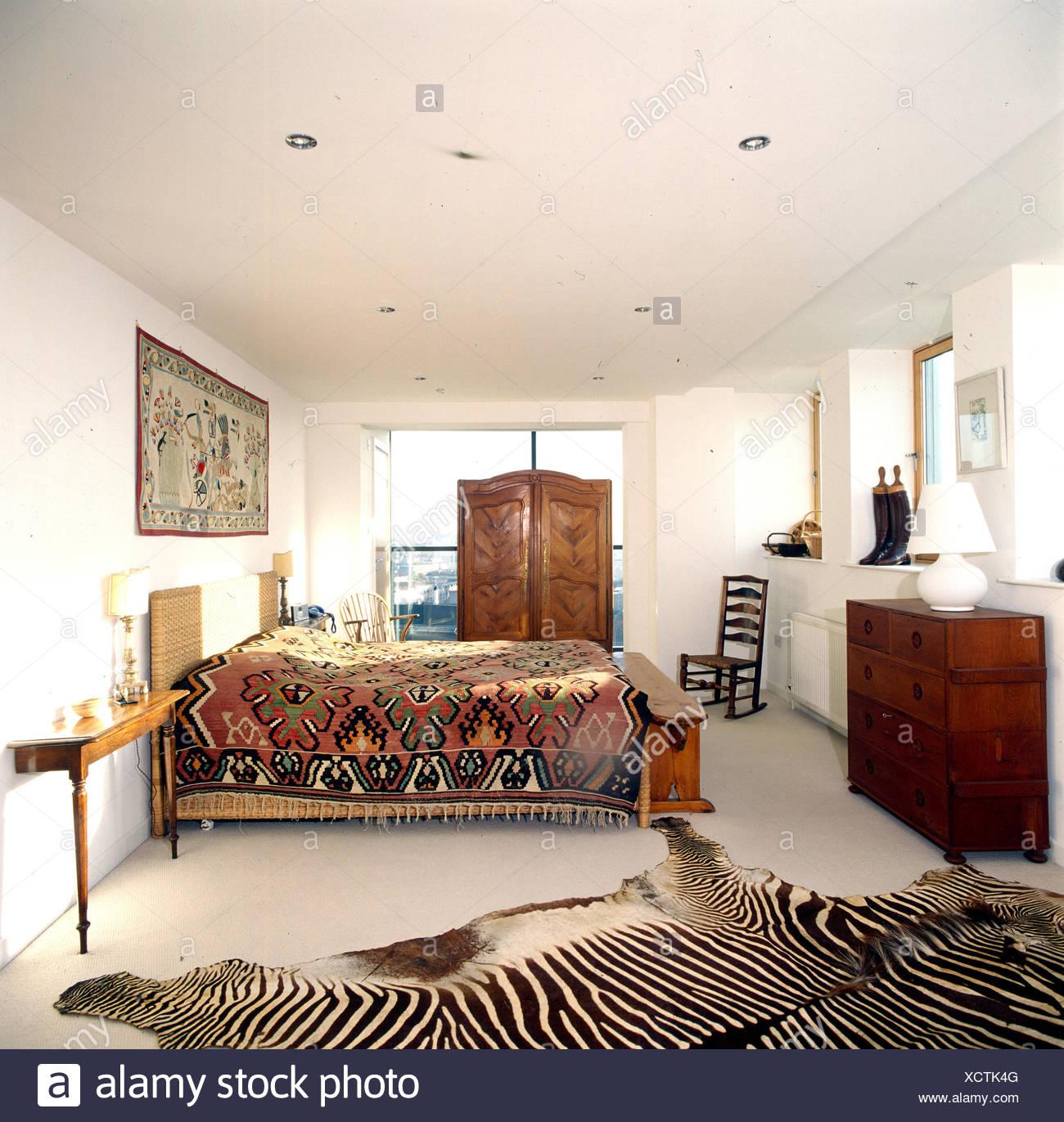 Bedroom Zebra Jarrah Bedroom Furniture Bedroom Bay Window Seat Bedroom Roof Ceiling Design: Zebra Skin Rug In Modern Bedroom With Traditional