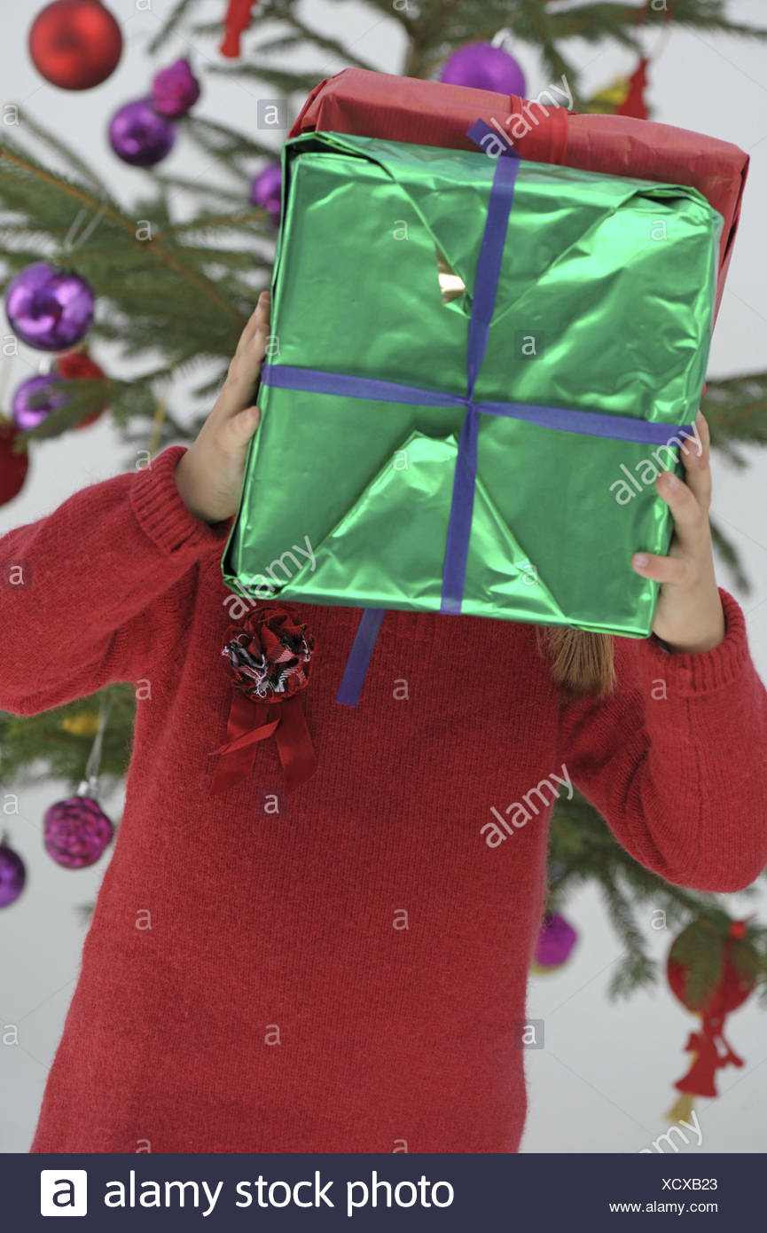 Christmas Presents For Girls.Christmas Girls Presents Holds Look Cover Half
