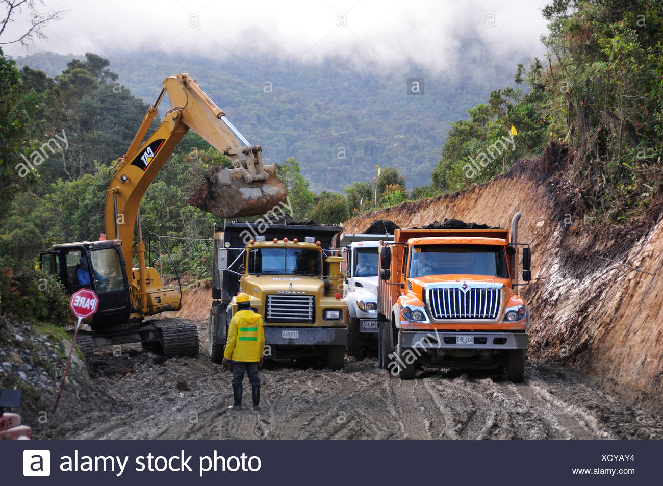 Road, construction, slide, mud, Route, Totoro, Inza, Colombia, South America, work, trucks - Stock Image