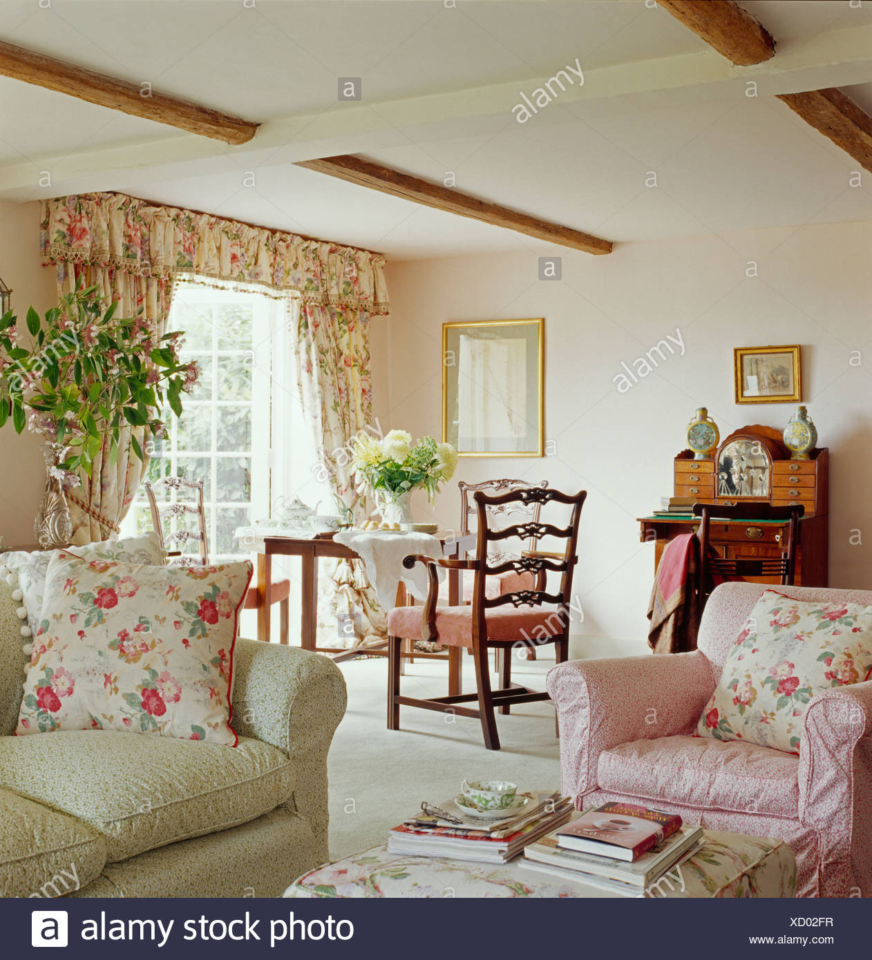 Cottage Living Room Furniture: Traditional Cottage Furniture Armchair Stock Photos