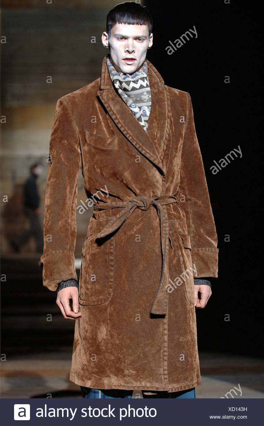Dressing Gown Stock Photos & Dressing Gown Stock Images - Page 10 ...