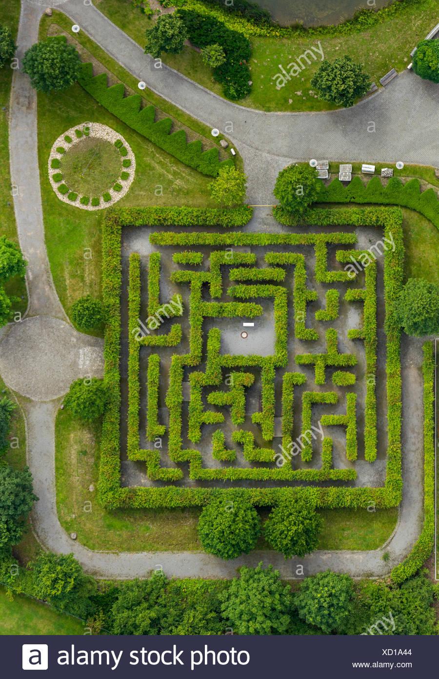 Aerial view, maze, Centropark, 'Centro' shopping centre, Neue Mitte quarter, Oberhausen, Ruhr Area, North Rhine-Westphalia - Stock Image