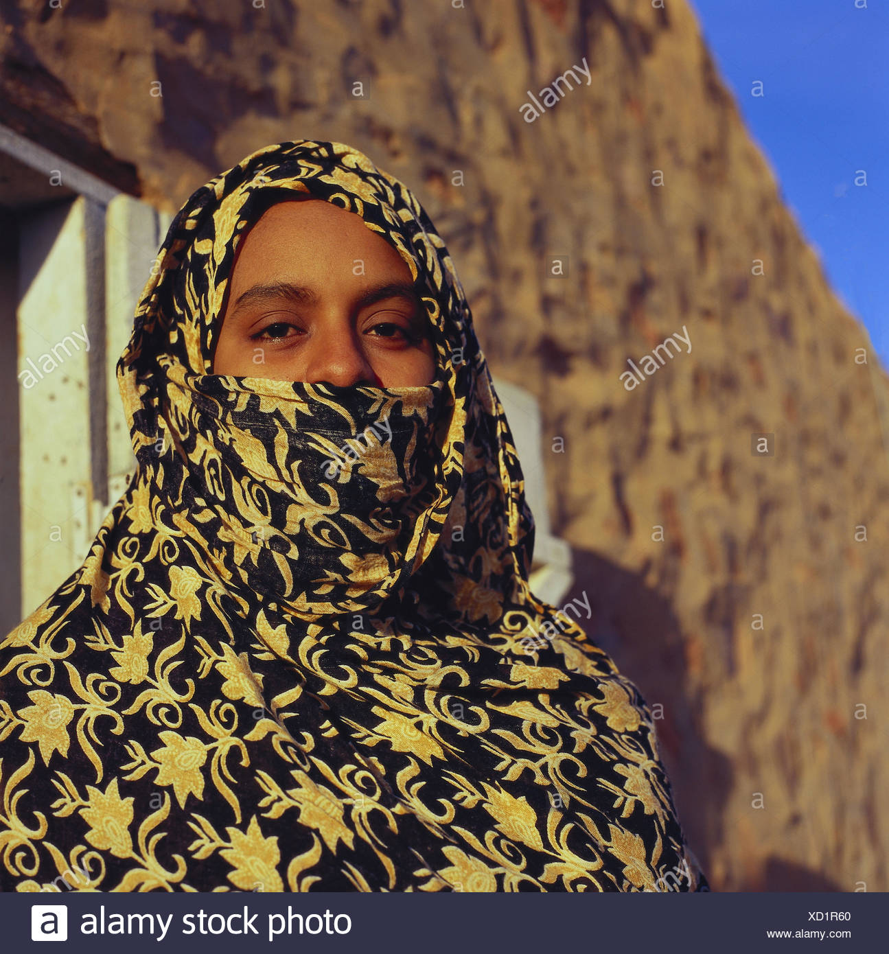 Mauritania, woman, young, veils, Africa, West, Africa, person, girl, Moor, Mauritanian, headscarf, veil, faith, culture, Islamic, outside, - Stock Image