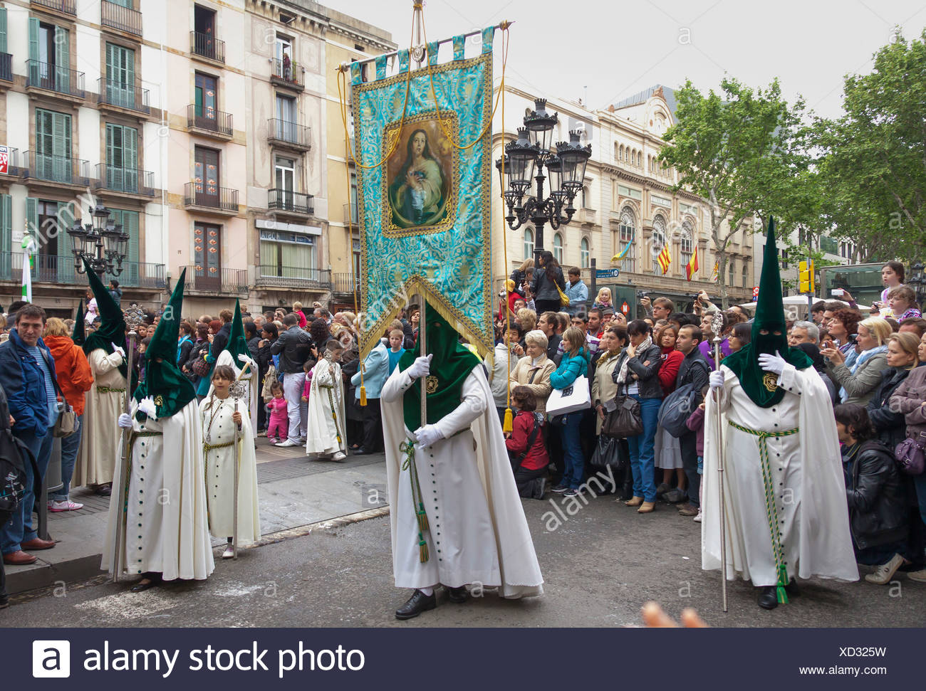 Penitents with crosses at the Semana Santa procession, Holy Week, Barcelona, Catalonia, Spain, Europe - Stock Image