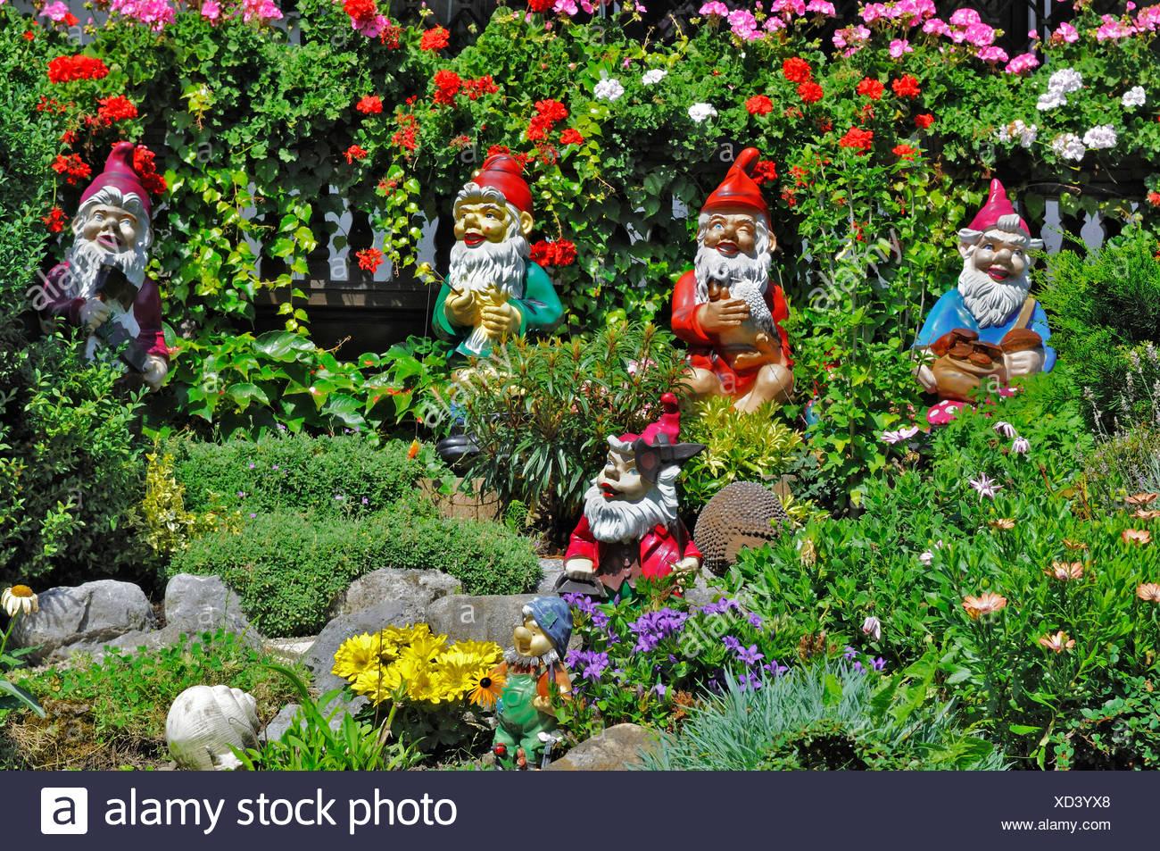 Garden Dwarfs Stock Photos & Garden Dwarfs Stock Images - Alamy on