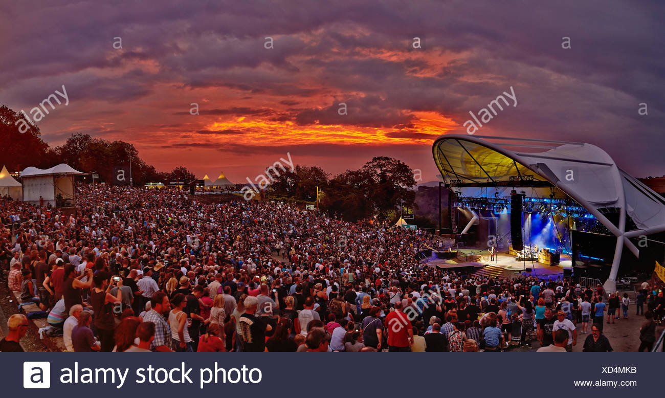 Audience at the ZZ Top concert at the Freilichtbühne Loreley, St.Goarshausen, Rhineland-Palatinate, Germany - Stock Image
