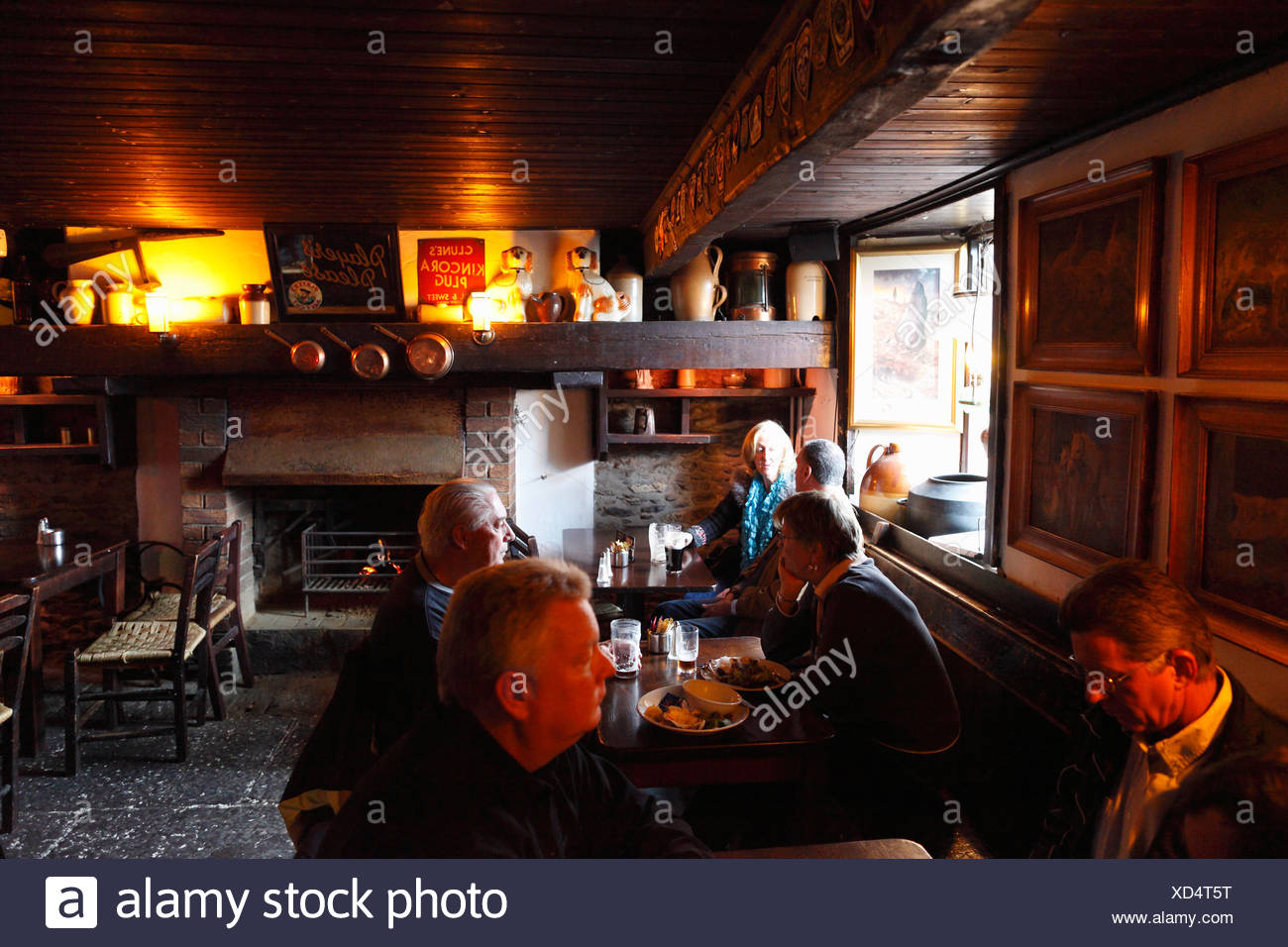 Durty Nelly's pub, Bunratty, County Clare, Ireland, British Isles, Europe - Stock Image
