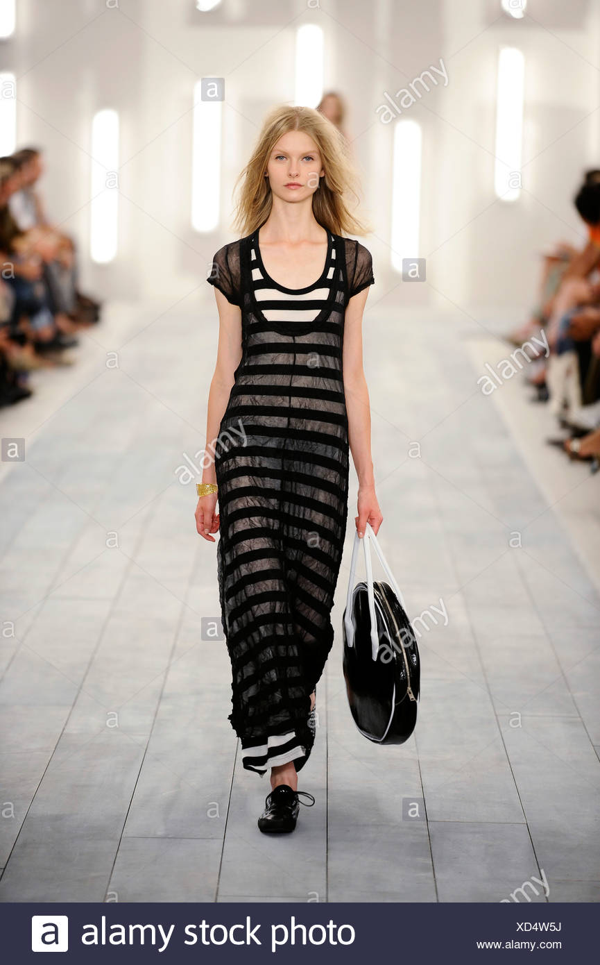 New York Ready To Wear Spring Summer Sheer Long Striped