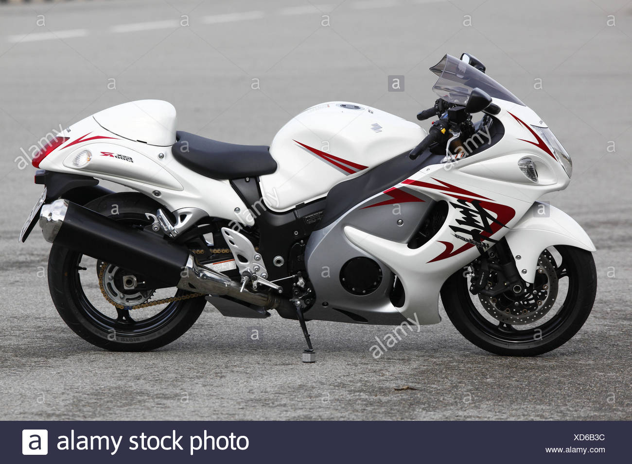 Motorcycle, Hayabusa GSX 1300 R, Sporttourer, vertical, left page, Stock Photo