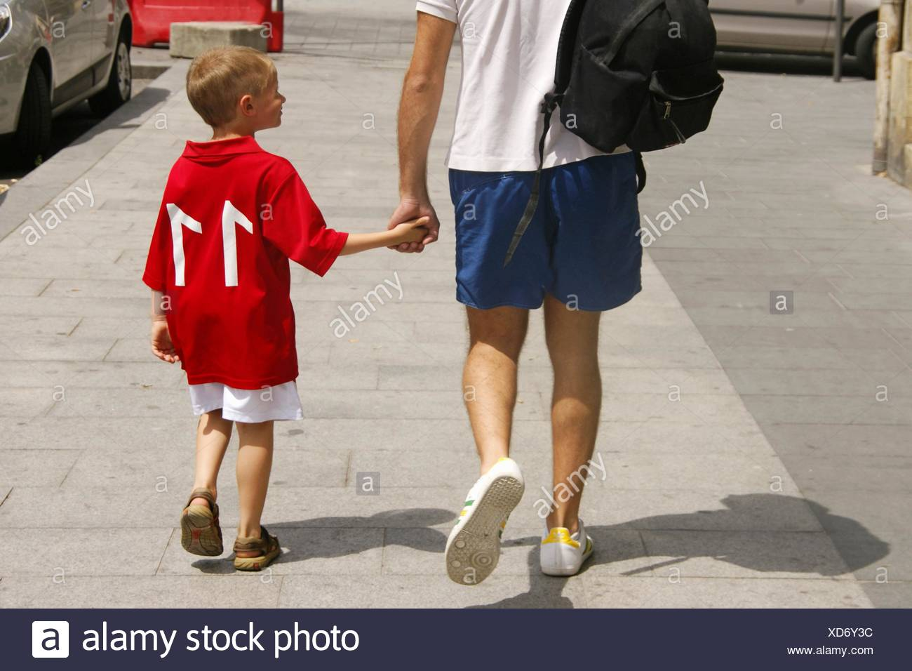 Kid with big brother - Stock Image