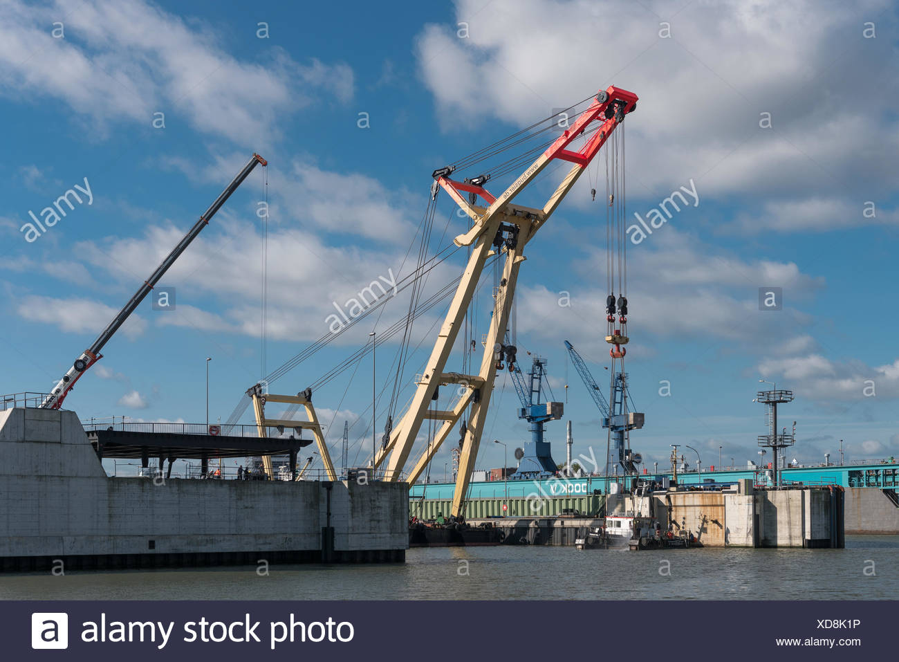 Schiffsschleuse Stock Photos & Schiffsschleuse Stock Images - Alamy