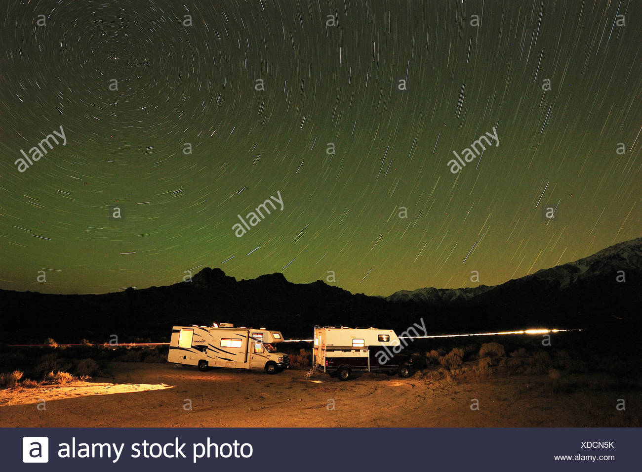 RV, Camper, stars, night sky, near Sierra Nevada, near Mammoth Lakes, California, USA, United States, America, - Stock Image