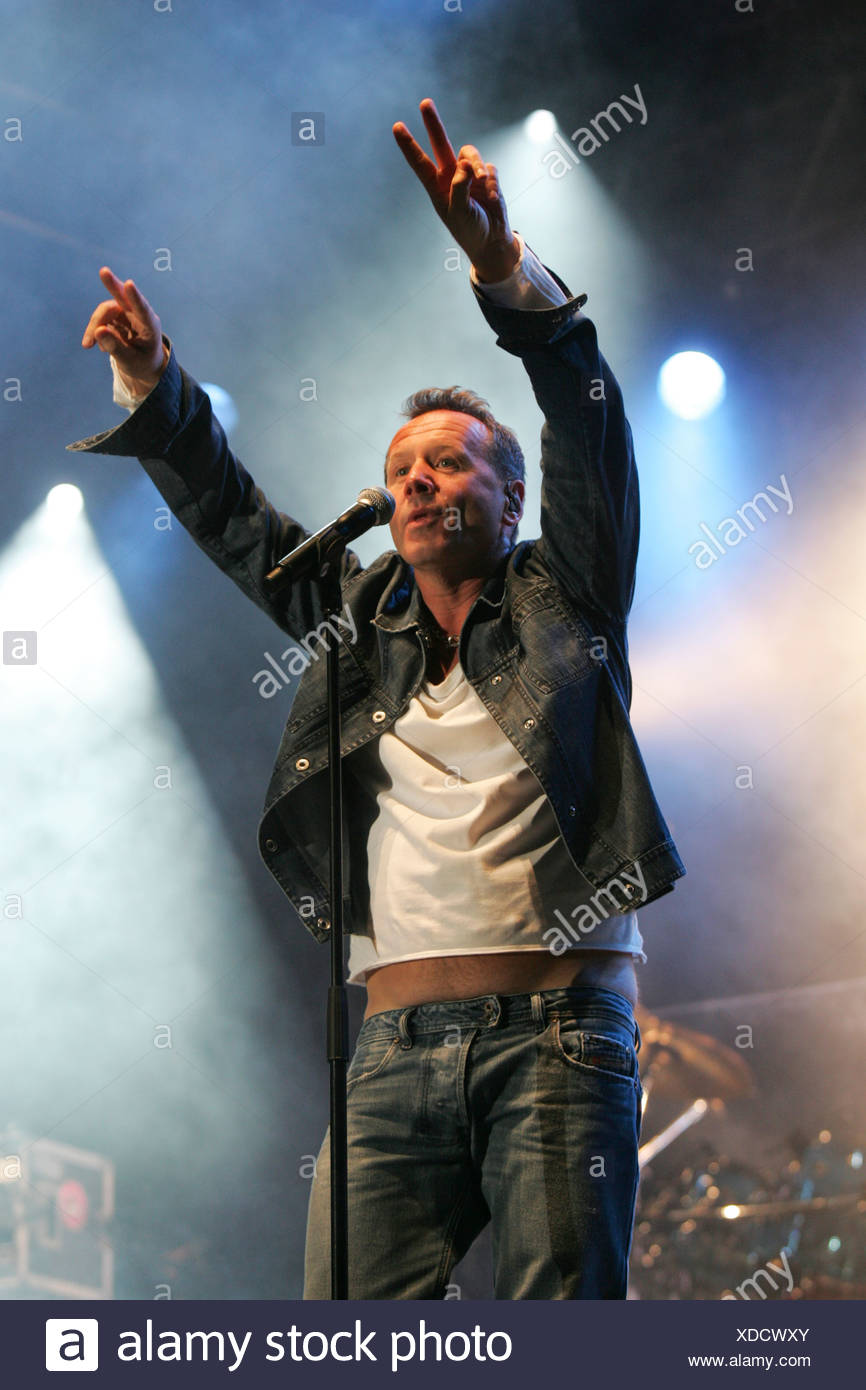 Jim Kerr, singer and frontman of the British rock band Simple Minds live at the Heitere Open Air in Zofingen, Aargau, Switzerla - Stock Image