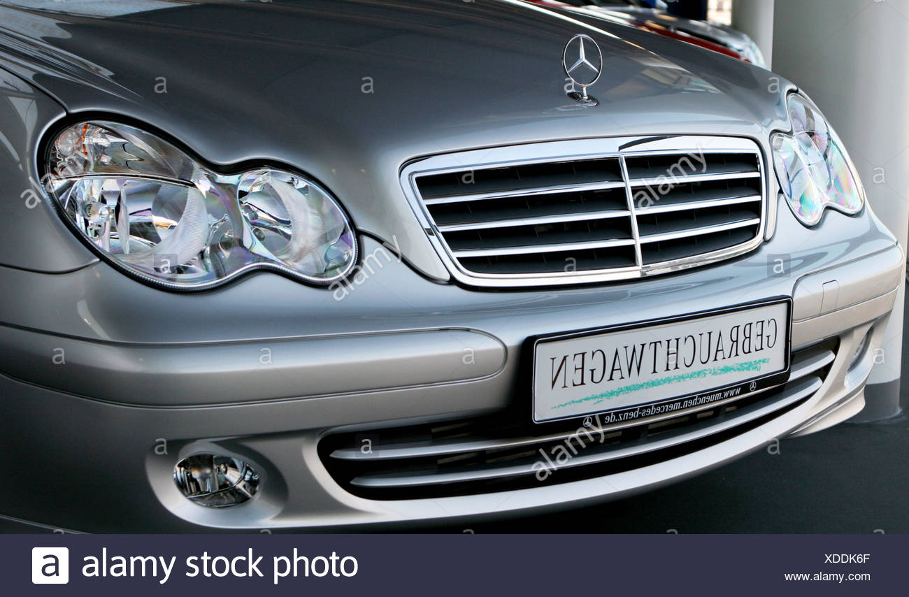 Used Car Parts Stock Photos & Used Car Parts Stock Images - Alamy Automotive Parts Ndon Mb on