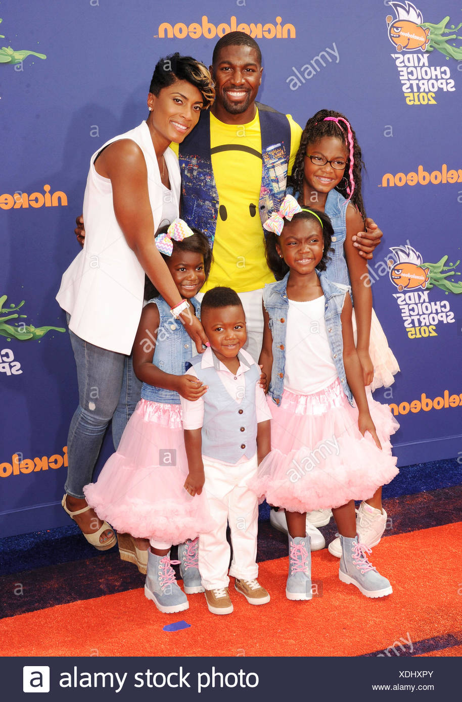 NFL player Greg Jennings and family arrive at the Nickelodeon Kids' Choice Sports Awards 2015 at UCLA's Pauley Pavilion on July 16, 2015 in Westwood, California., Additional-Rights-Clearances-NA - Stock Image