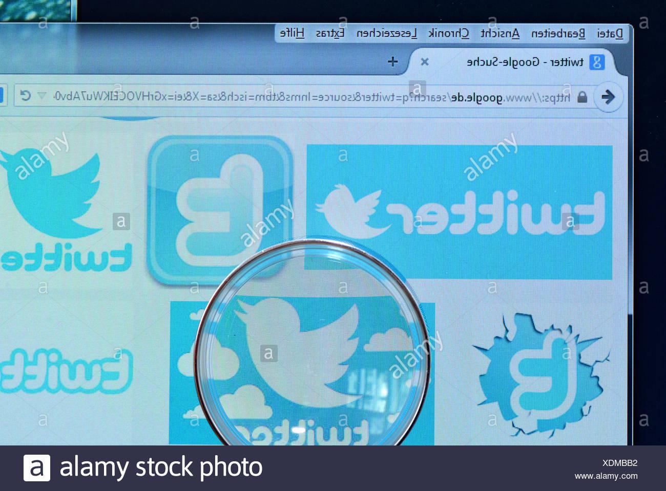 Twitter, Bildschirm, Lupe - Stock Image