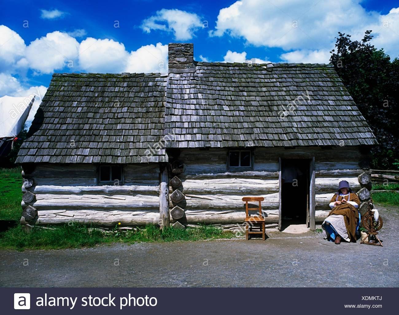 Frontier Log Cabin, American Folk Park, Omagh, Co Tyrone, Ireland. - Stock Image