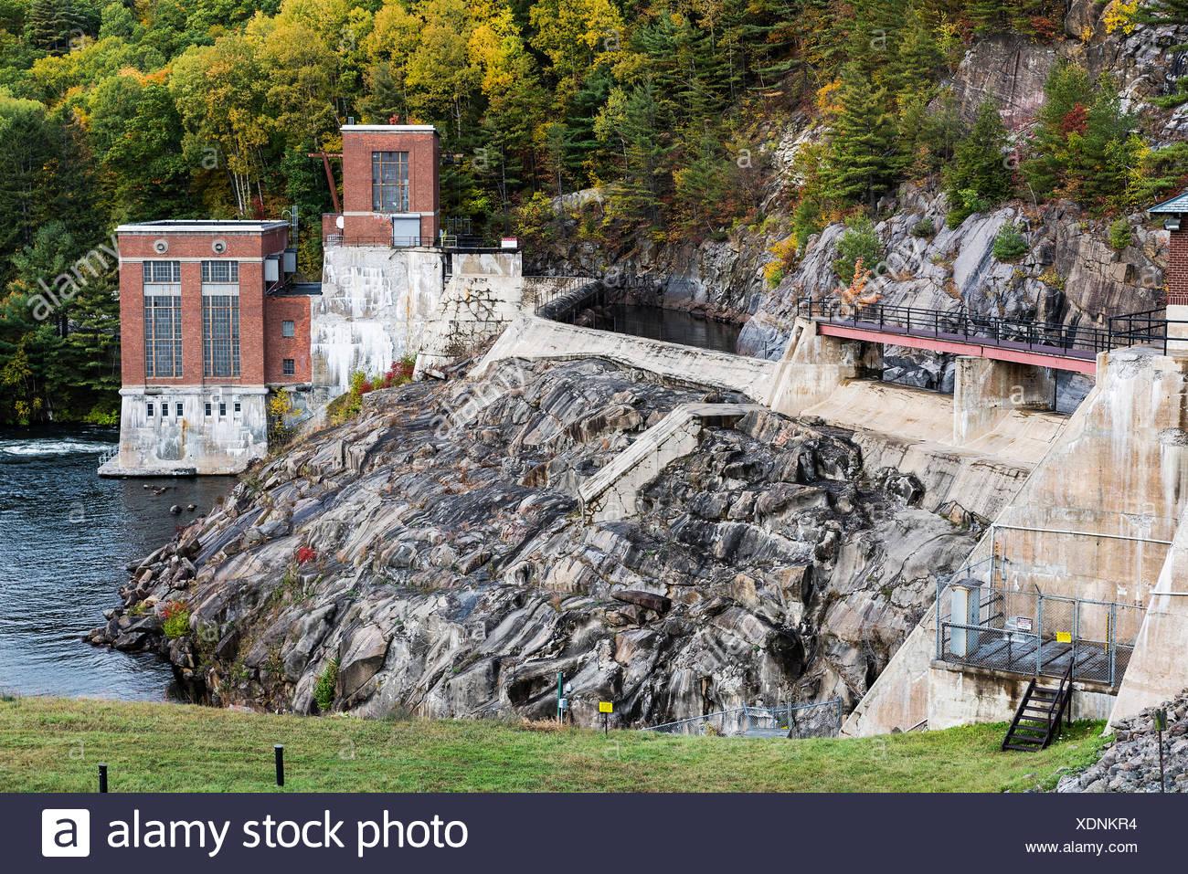 The Conklingville Dam, in Hadley, Saratoga County, New York, USA. - Stock Image