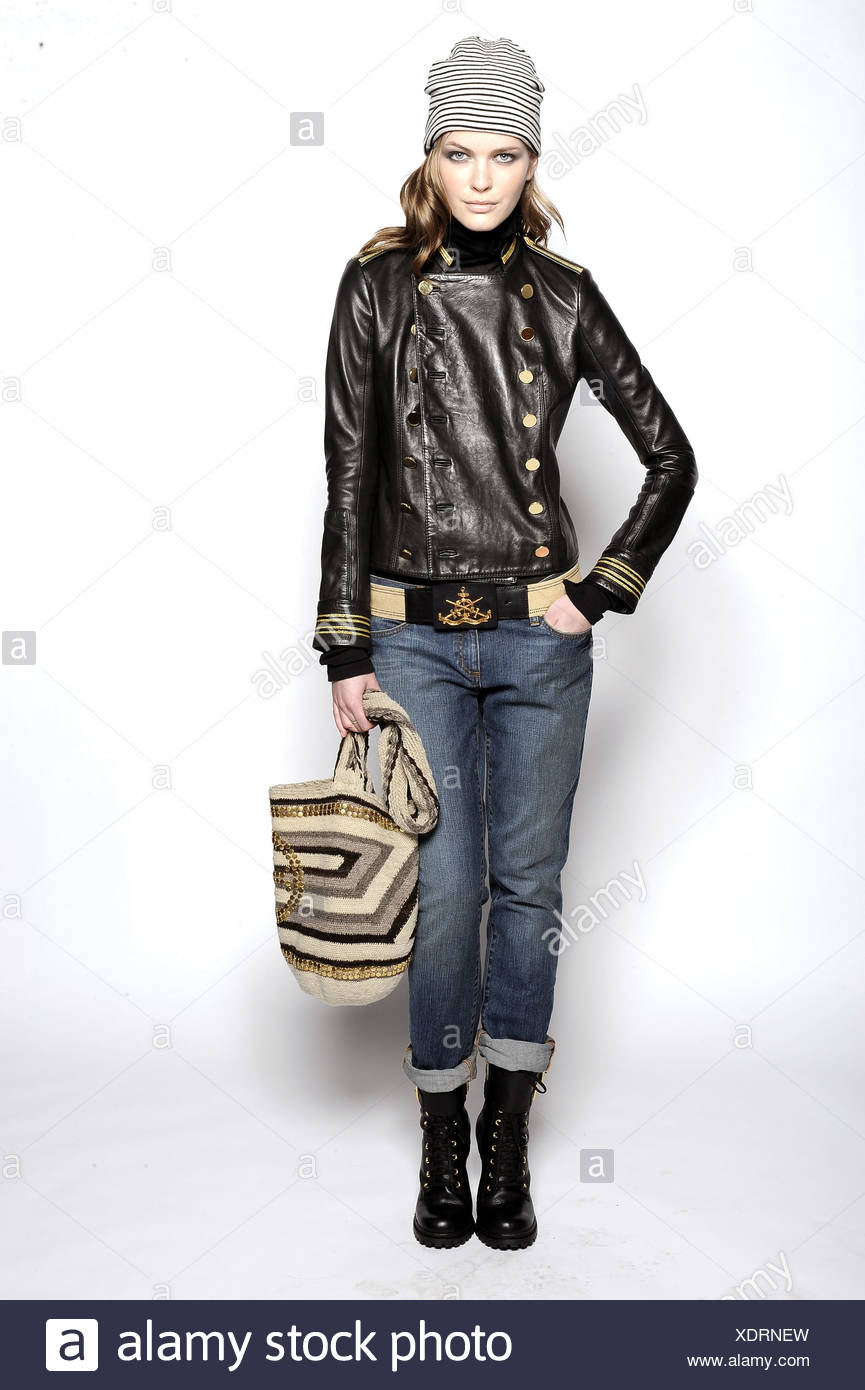 4289dfa67b0 Tory Burch New York Ready to Wear Autumn Winter Black leather jacket ...