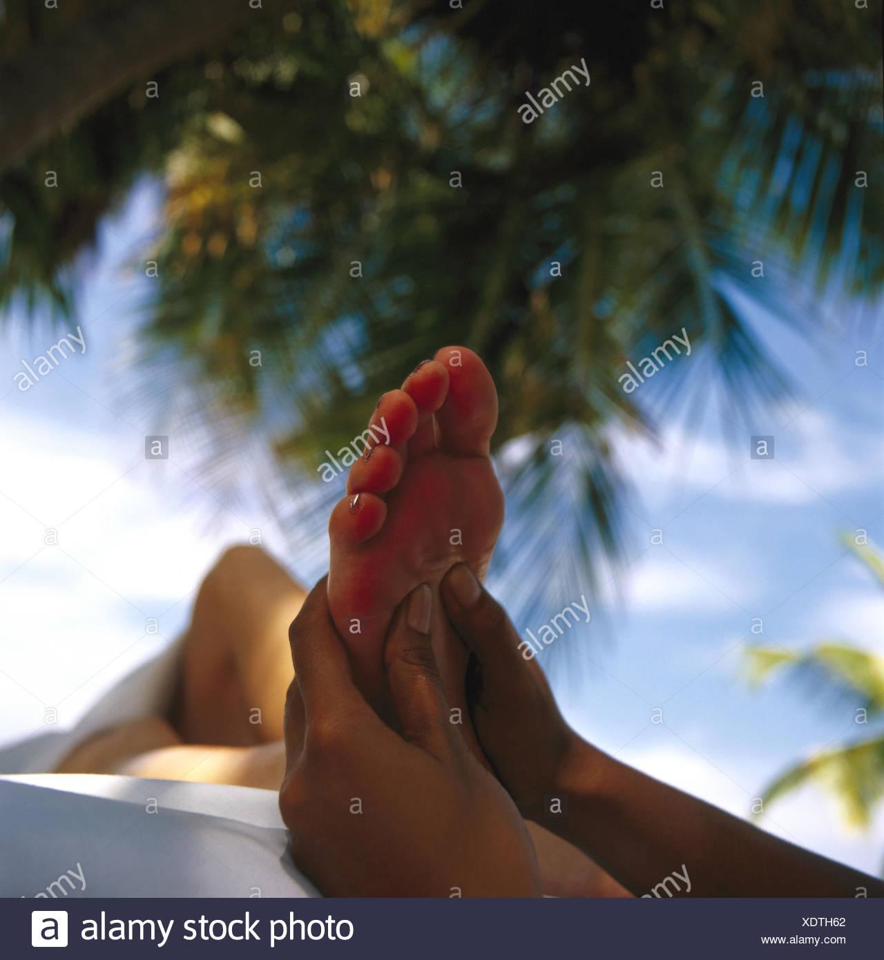 Palm beach, woman, locals, foot massage, detail, massage