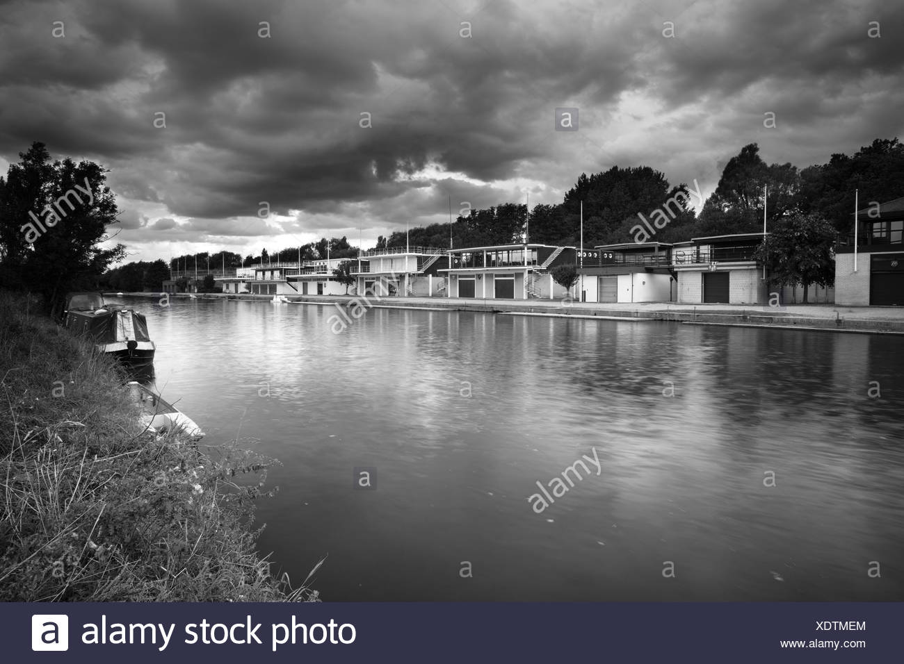 Rowing clubhouses on the banks of the River Thames at Oxford, Uk - Stock Image