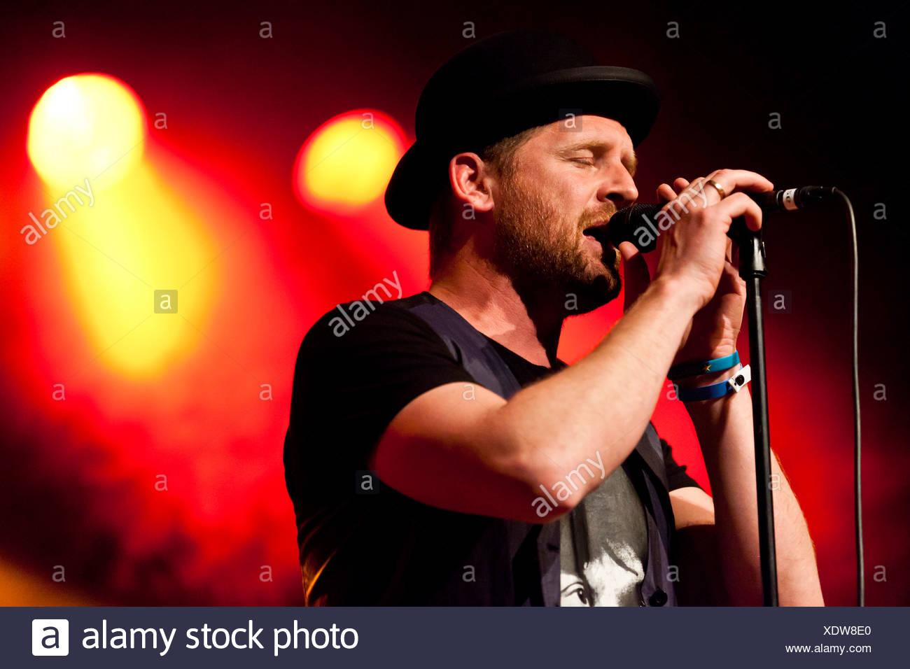 Bart van der Weide, singer of the Dutch band Racoon, performing live in the Schueuer concert hall, Lucerne, Switzerland, Europe - Stock Image