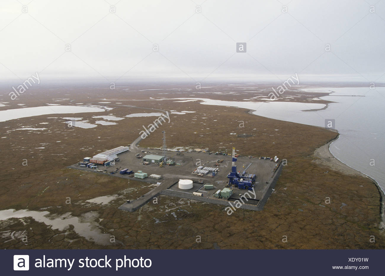 Alaska. Badami oil developement approximately 35 miles west of ANWR . West view. Arctic ocean to the North. - Stock Image