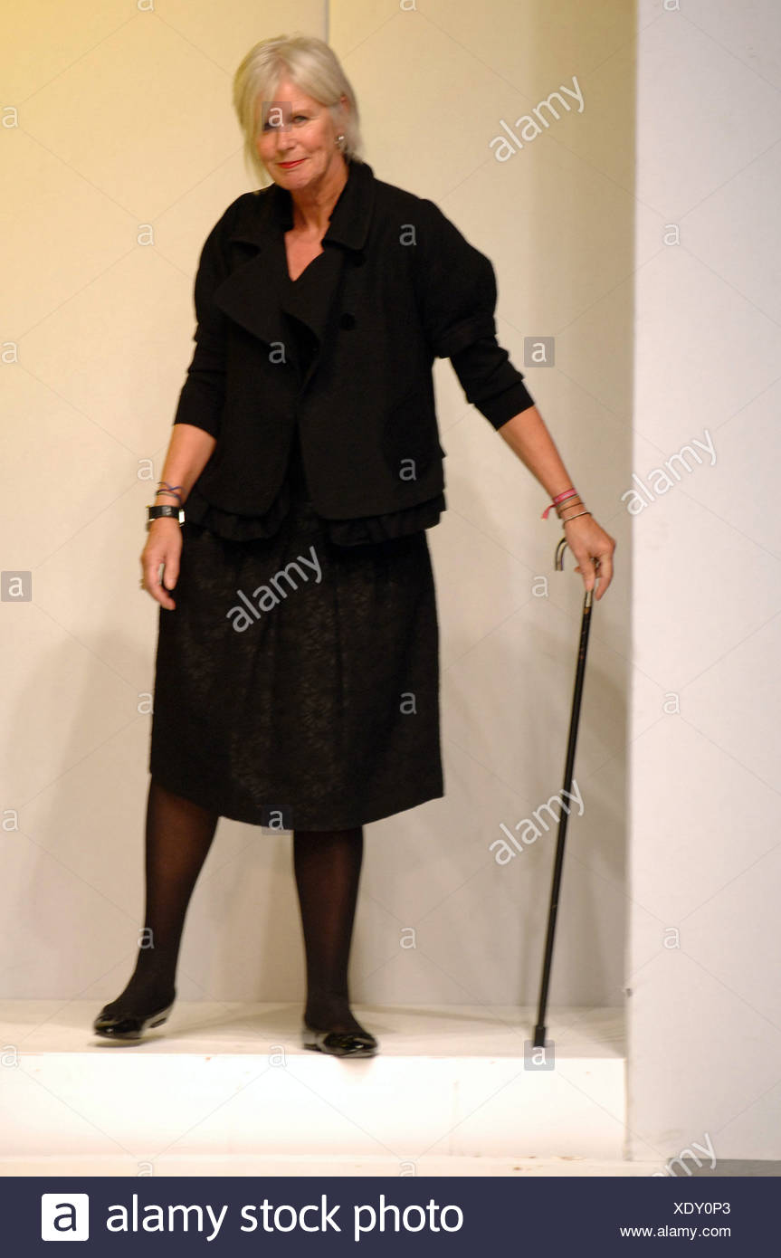 Betty Jackson London Ready to Wear Spring Summer British designer Betty  Jackson after her show 8a4c856153