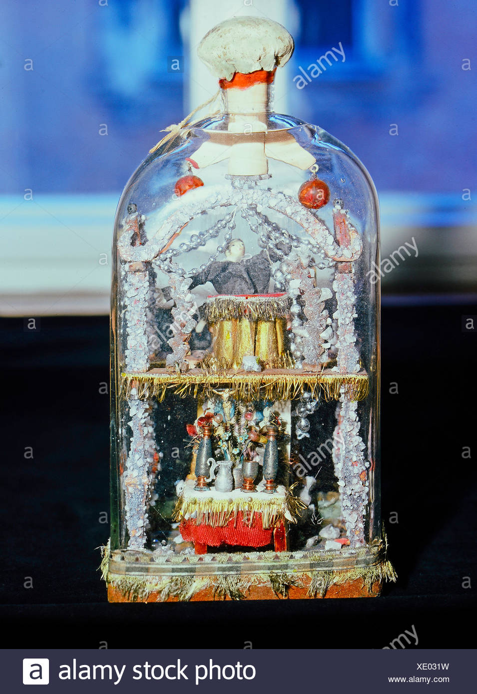 fine arts, folk art, impossible bottle with altar and preacher, glass, Swabia, 19th century, Werdenfels museum, Garmisch-Partenkirchen, Artist's Copyright has not to be cleared - Stock Image