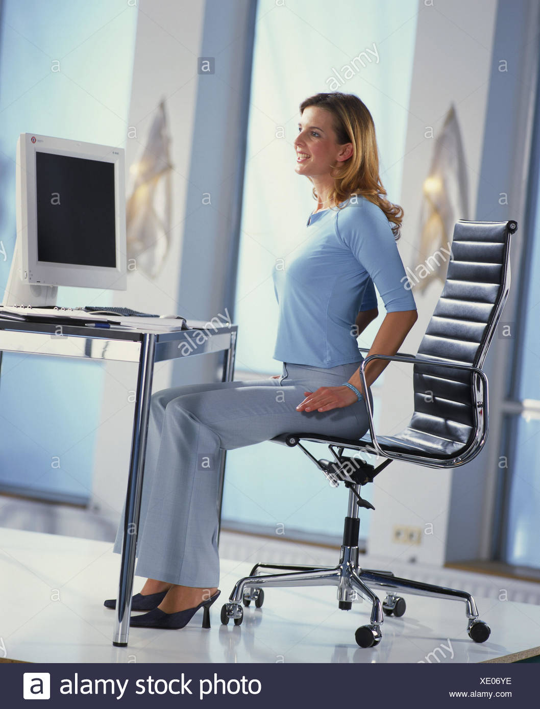 Clerk, workplace, gymnastics, desk, relaxation exercises, relaxation, musculature, position, Dehnübungen, ergonomics, position, inside - Stock Image