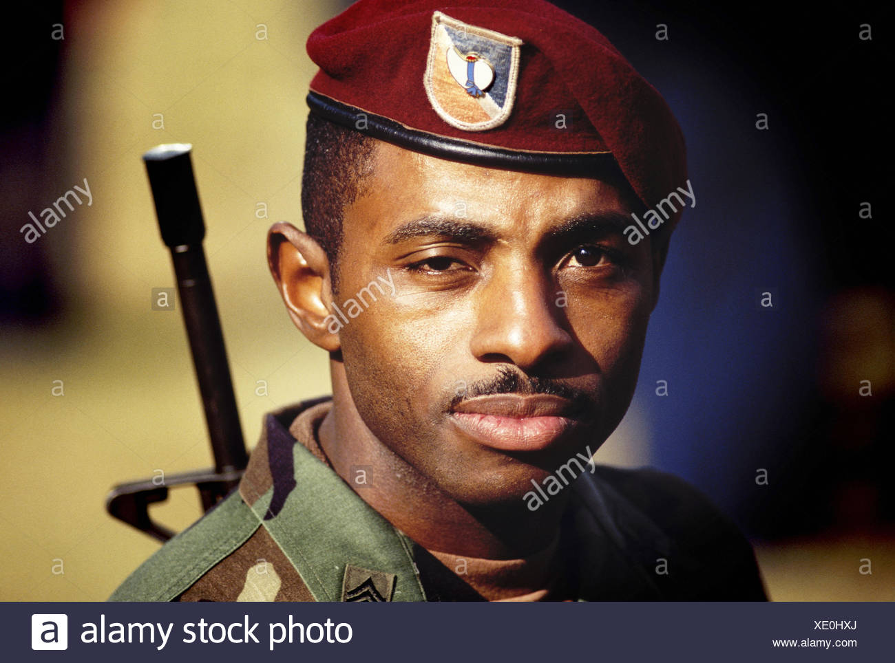 566acd45 Red Beret Uniform Stock Photos & Red Beret Uniform Stock Images - Alamy