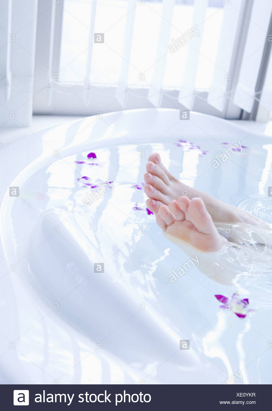 Japanese Foot Bath Stock Photos & Japanese Foot Bath Stock Images ...