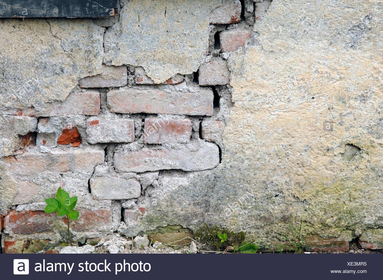 Germany, Munich, Broken wall at demolition house - Stock Image