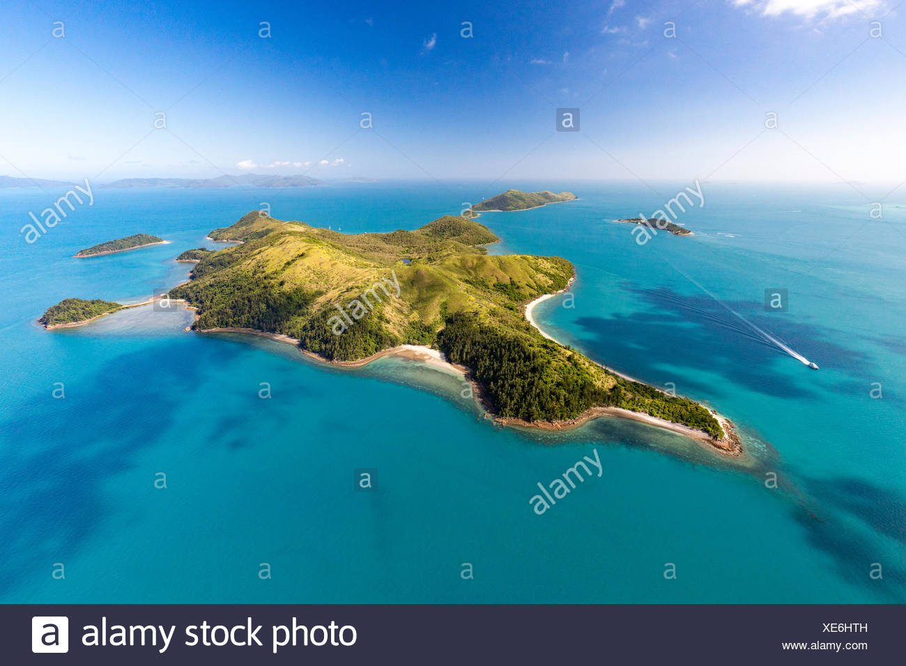 South Molle Island, behind Island Daydream, Whitsunday Islands, Queensland, Australia - Stock Image