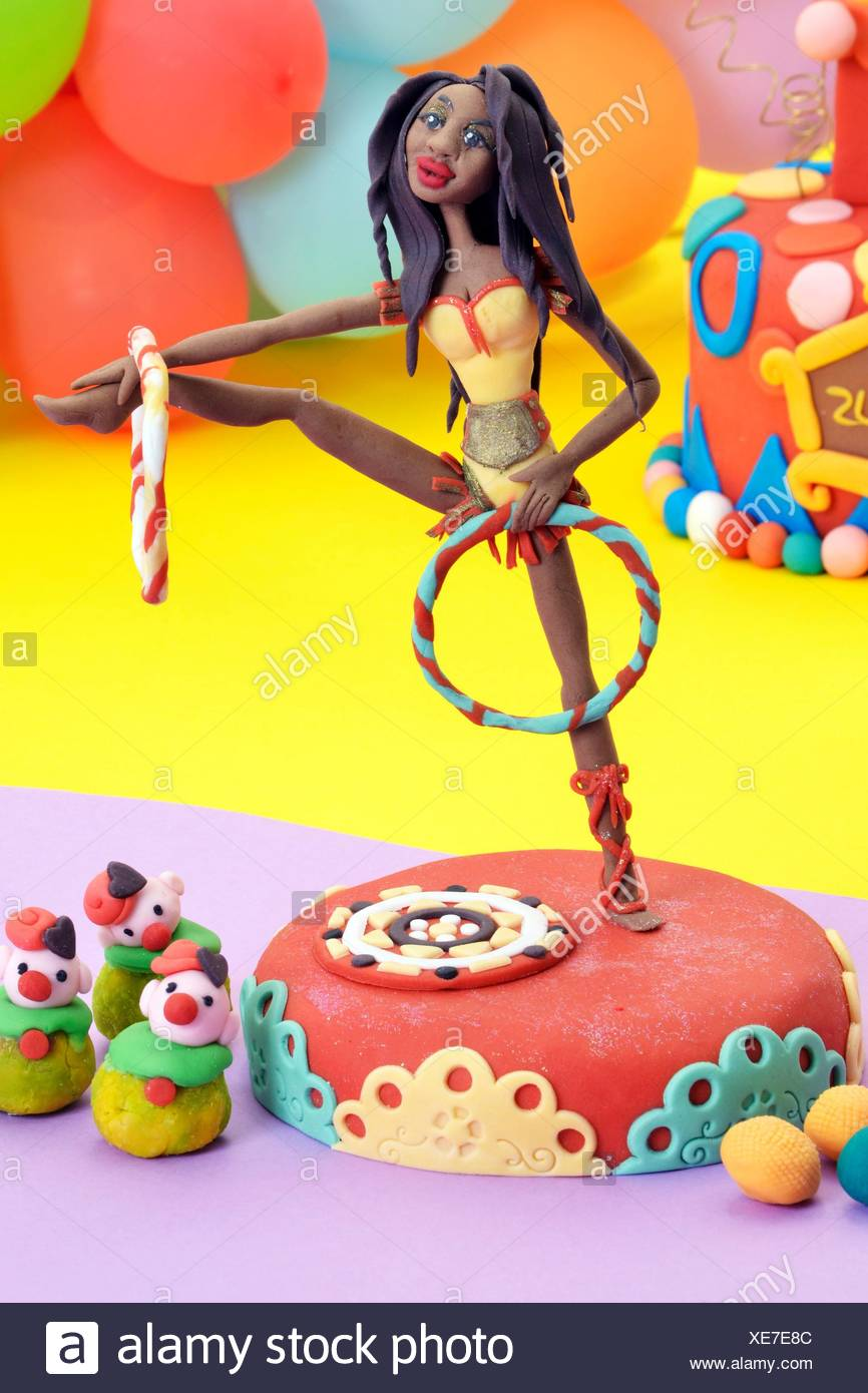 Cake Artist Stock Photos & Cake Artist Stock Images - Alamy