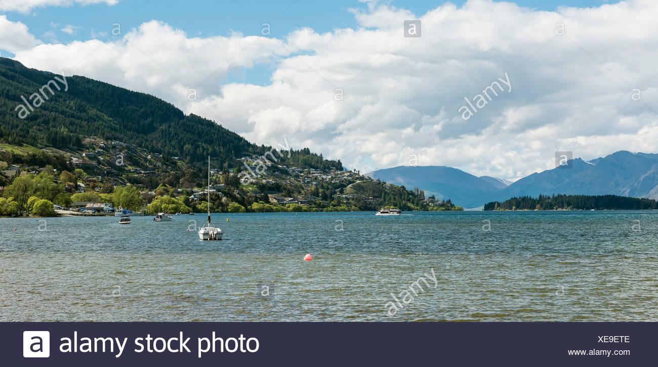 Lake Wakatipu, Queenstown, Otago Region, Southland, New Zealand - Stock Image