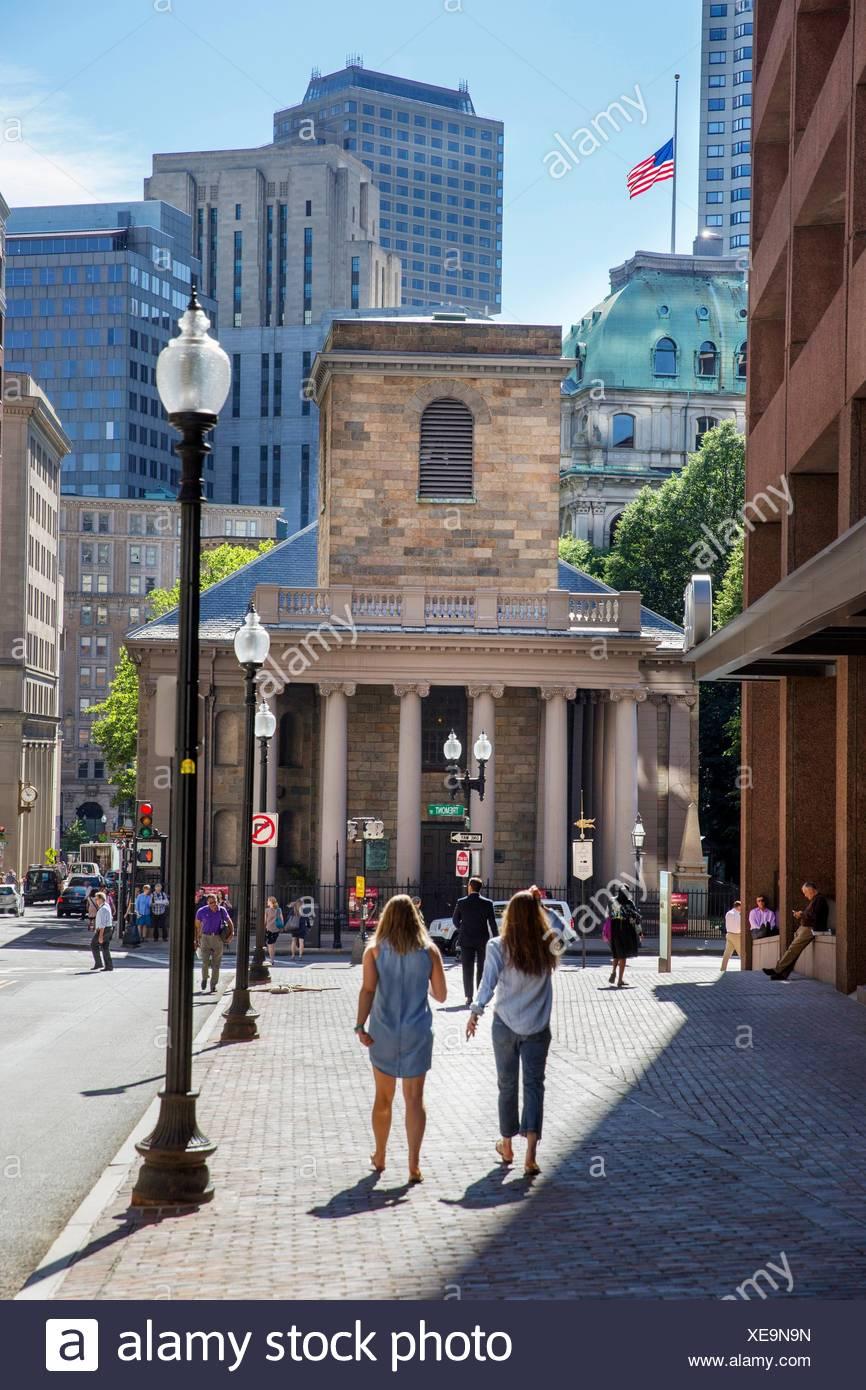 walking women King's Chapell Freedom Trail Boston MA USA Massachussets. - Stock Image