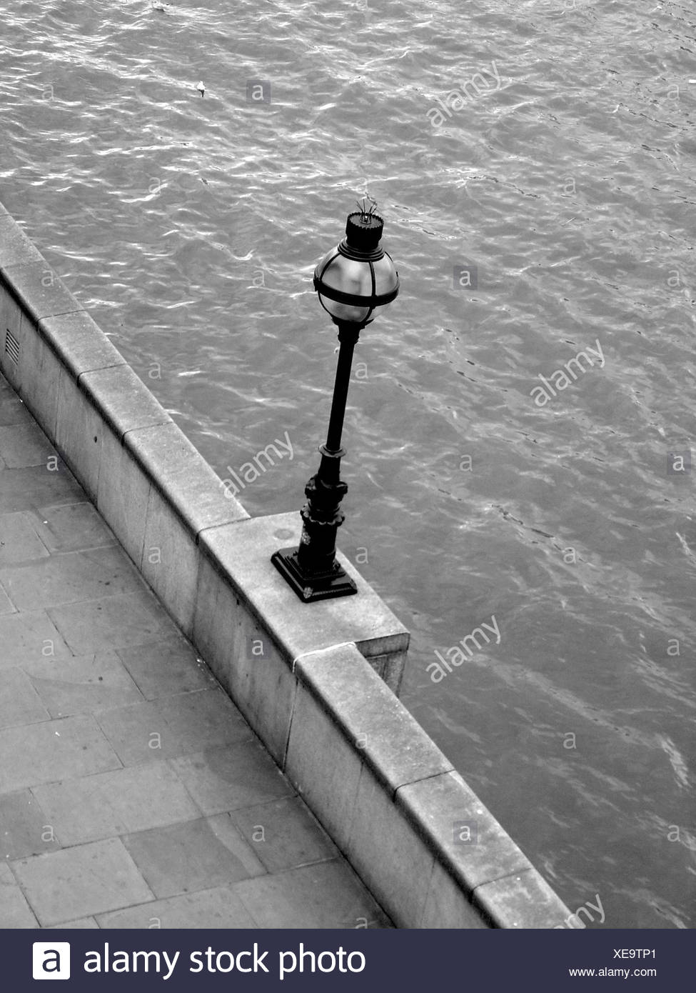 stone,bw,london,england,thames,shiner,light,lamp,luminary,day,water Stock Photo
