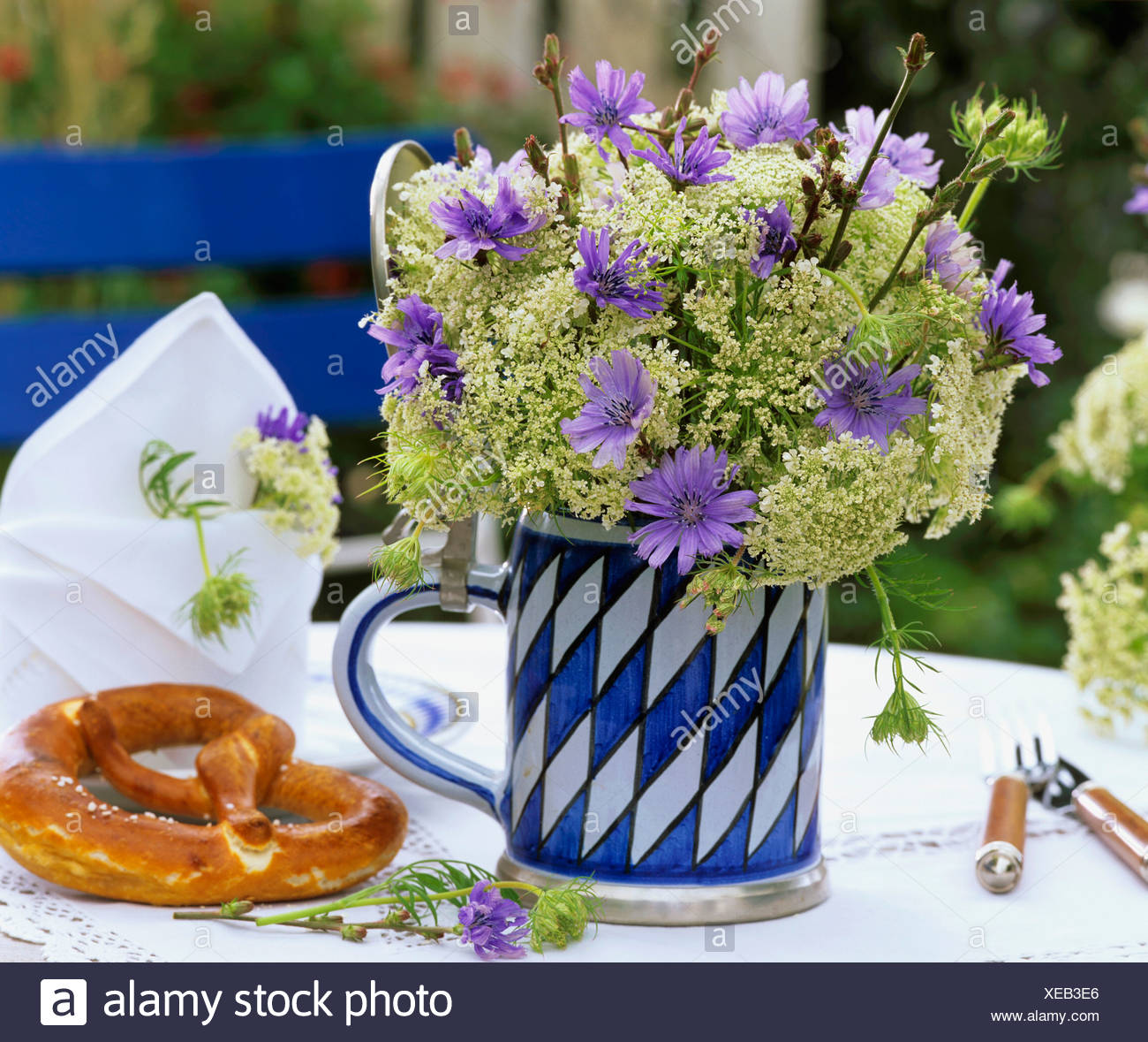 Stein Flowers Stock Photos & Stein Flowers Stock Images - Alamy