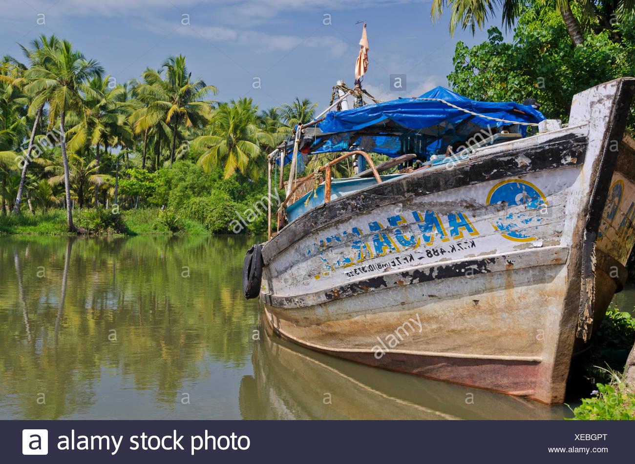 Fishing boat, backwaters, Kerala, India, Asia - Stock Image