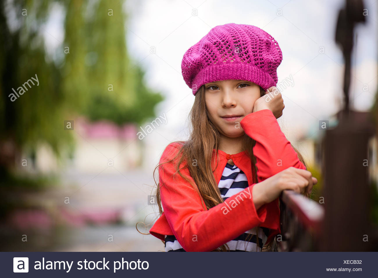 little girl in red beret Stock Photo  284243206 - Alamy a8d6c936b84