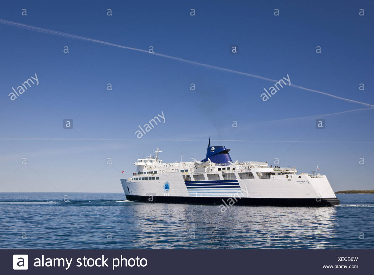 Canada Ontario Tobermory Bruce Peninsula Brine Huron Ferry Chi Cheemaun Stock Photo Alamy
