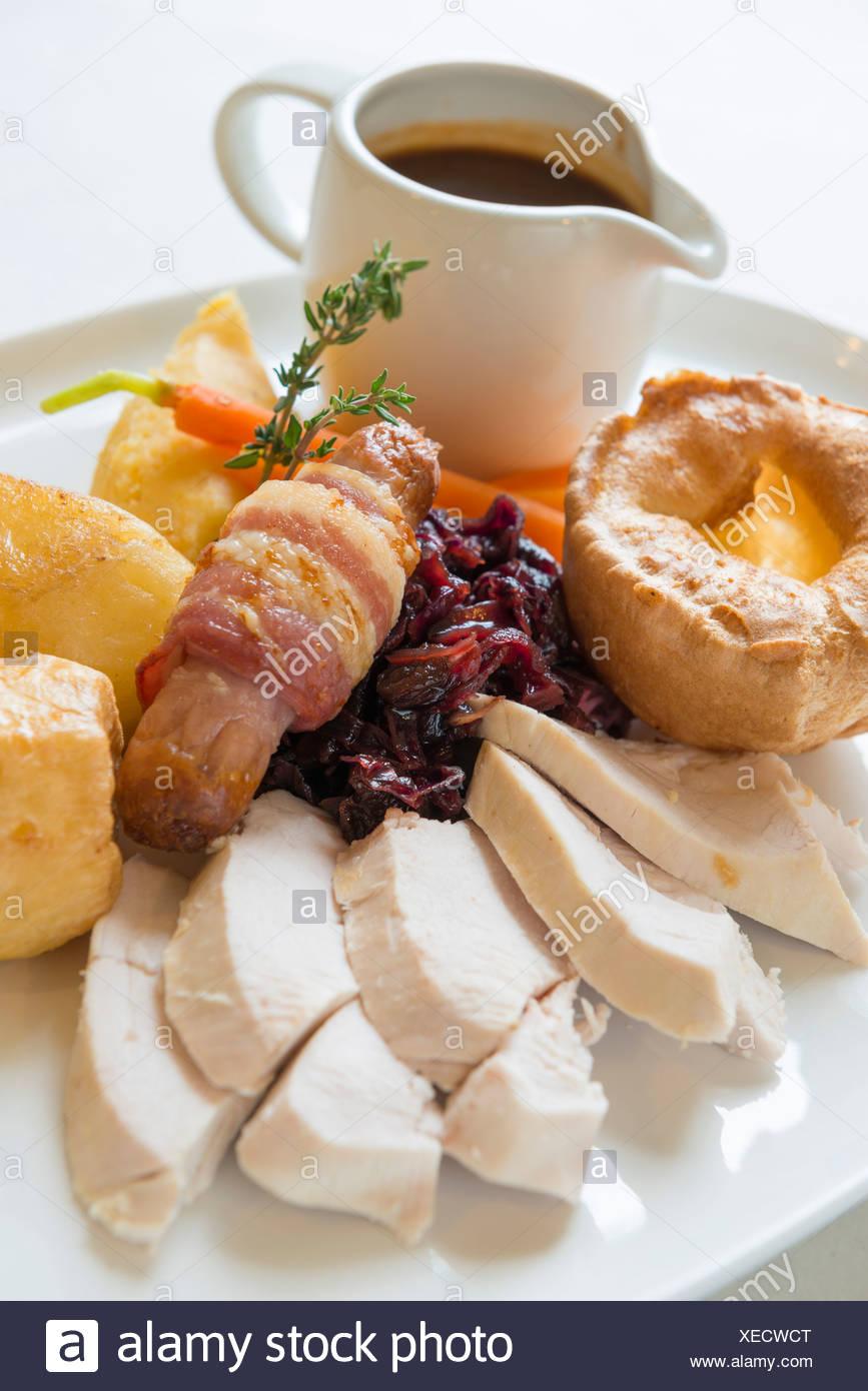 Traditional sunday roast dinner - Stock Image