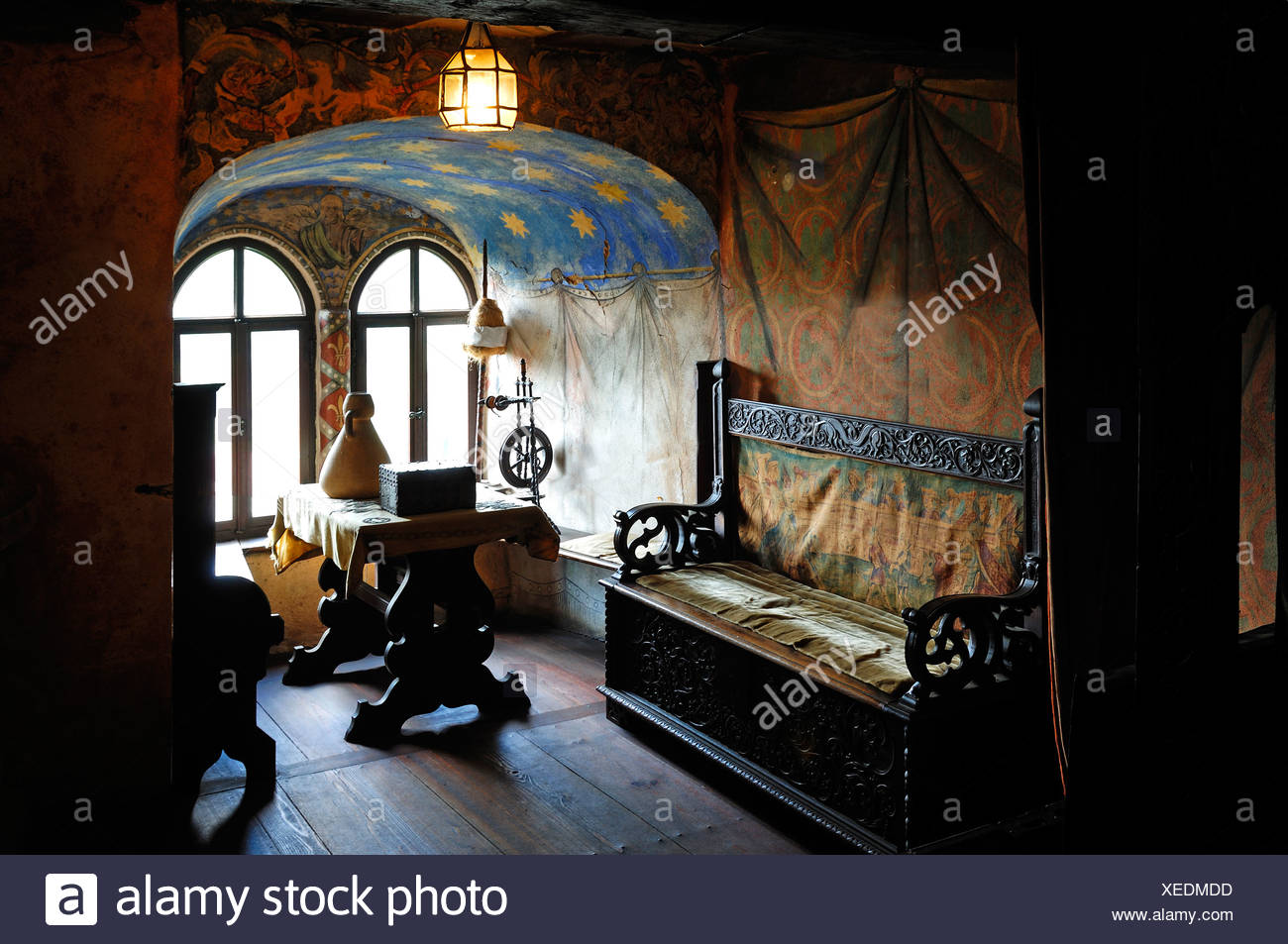 Furnished bower at the Burg Goessweinstein castle, furniture from the 15th century, Goessweinstein, Upper Franconia, Bavaria - Stock Image